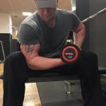 Bizeps Übung Konzentrations Curls, Bizeps Training, Hanteltraining , Muskelaufbau, Biceps
