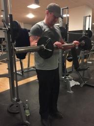 Bizeps Übung Reverse curls, Langhantel Curls obergriff , Bizeps Training, Hanteltraining, Muskelaufbau, Biceps