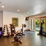 Bizeps Übungen , Bizeps Training zuhause , 26069130_s